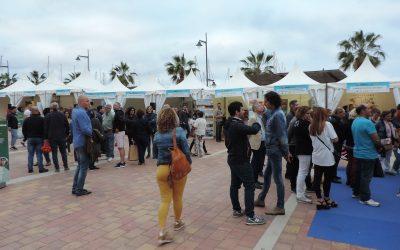 La Plaza de las Comunidades del Puerto de Mazarrón acoge RED Mazarrón